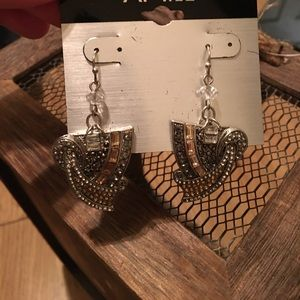 Apt 9 dangling leaf shape earrings